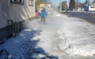 commercial-walkway-clearing